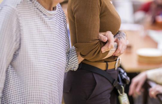 Wegweiser für gute Betreuung im Alter